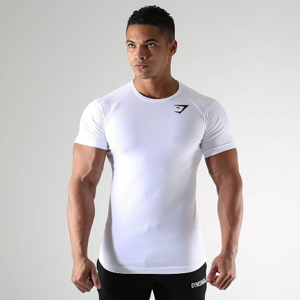 Gymshark-Size-Guide-Mens-Tops-Model